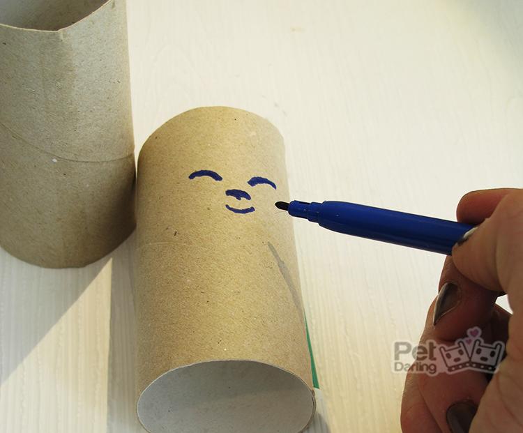 juguete para gatos rollo papel higienico